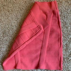 Guess stretch mini skirt!